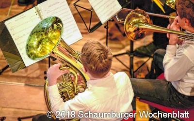 Musiker üben fleißig für das Konzert
