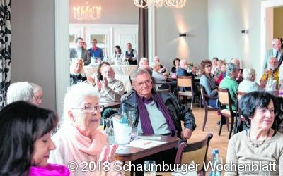 Von Frankfurt nach Bad Nenndorf:  Die Hinzugezogenen informieren sich