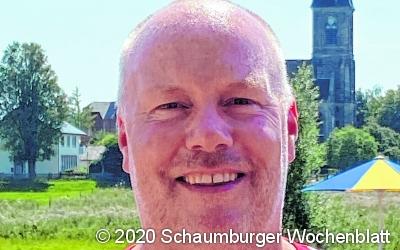 Schwimmmeister Stefan Lehmann ...