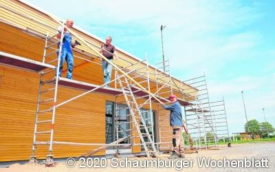 Bau des Rehrener Dorfgemeinschaftshauses liegt derzeit voll im anvisiertem Zeitplan