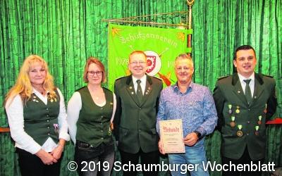 Der Schützenverein ehrt und befördert Mitglieder