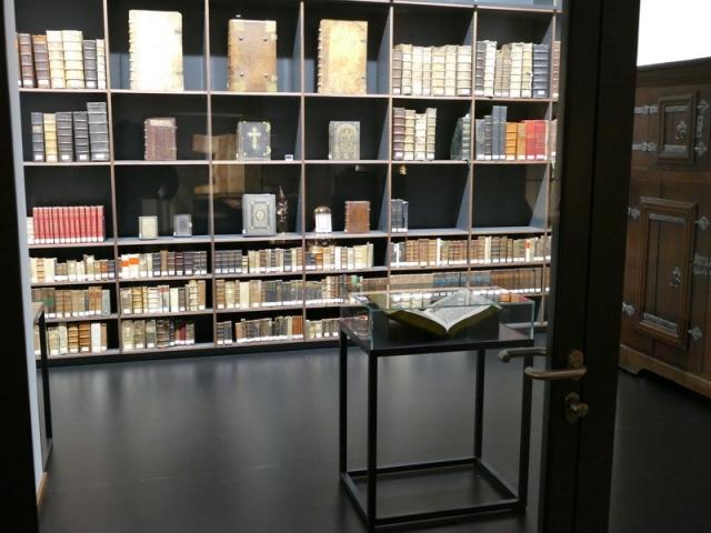 Domschatz-Minden_Bibliothek